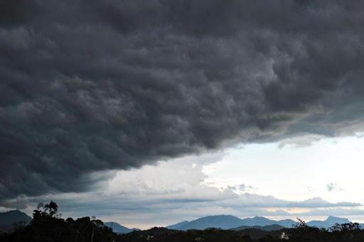 Chuva perde força no Sul e continua intensa no Centro-Norte